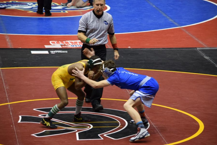 Joey Espy Freshman wrestling for a first time ever experience at state duals in the weight class 106.