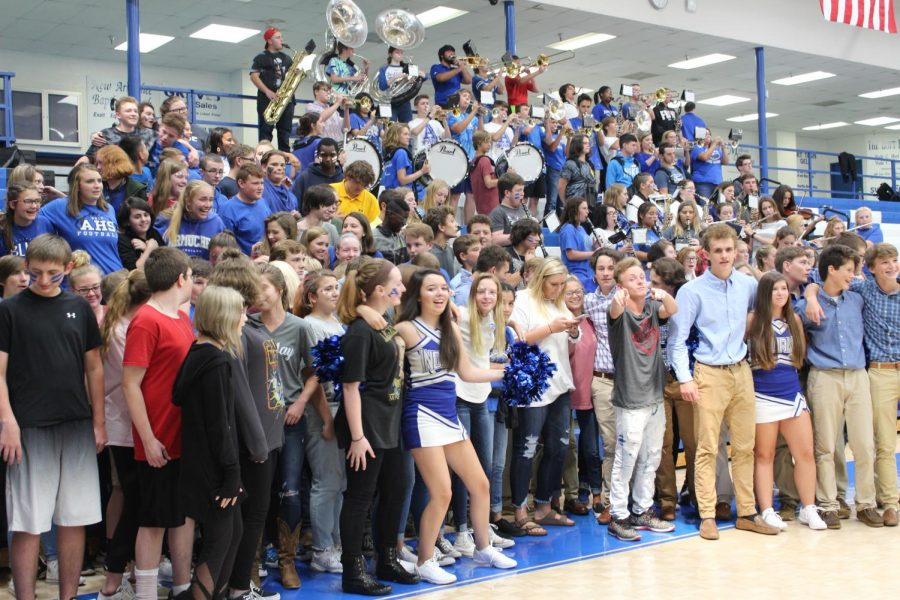 The+Freshmen+get+a+taste+of+what+its+like+at+a+Armuchee+high+school+pep+rally.