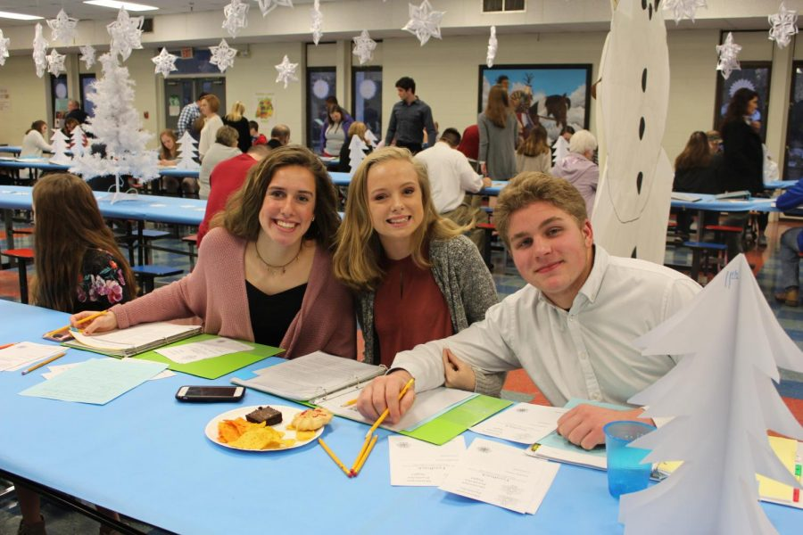 Aubrey Rogers, freshman, Alexis Thornton , sophomore, and Joey Green, sophomore. Green said,